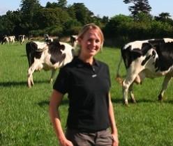 Claire Walker VetMB Cert AVP(Cattle) MA MRCVS